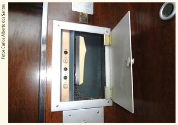 http://www.direcionalcondominios.com.br/sindicos/images/gabines-de-elevador.jpg